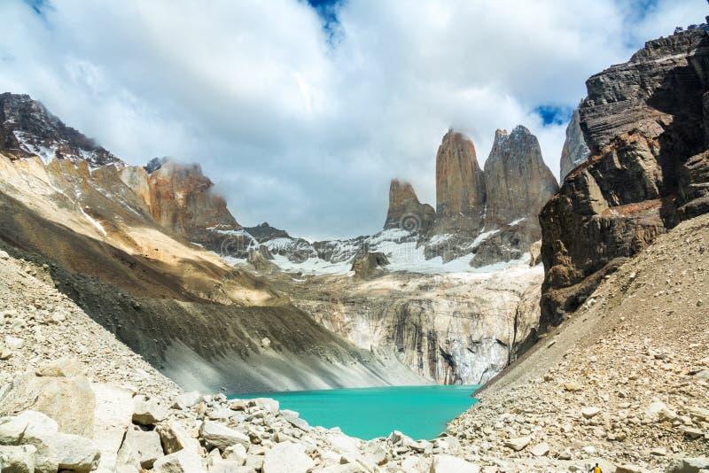 Lago mountain in parco nazionale Torres del Paine, paesaggio di Patagonia, Cile, Sudamerica fotografia stock libera da diritti