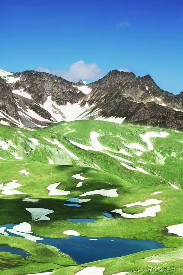 Lago mountains fotografia stock