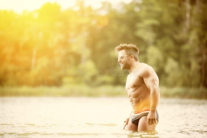 Lago muscular do homem imagens de stock