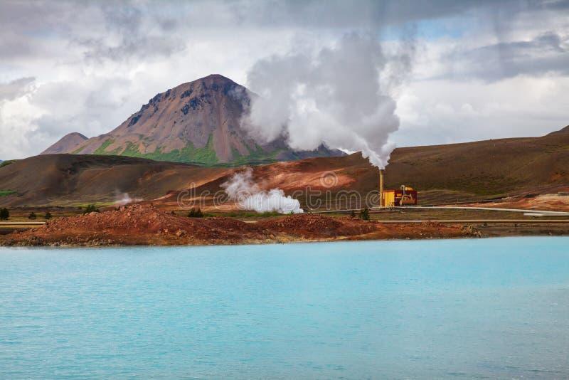 Lago Myvatn Islanda di nordest Scandinavia della centrale elettrica di energia geotermica di Krafla fotografia stock libera da diritti