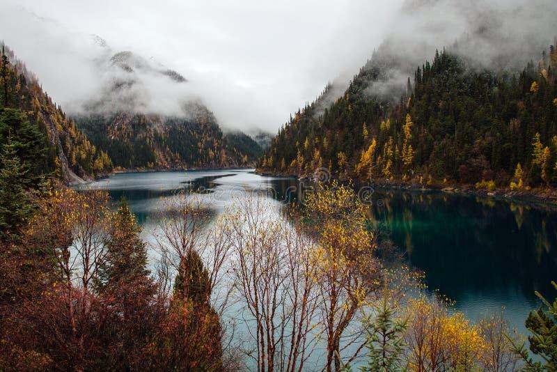 Lago nacional Jiuzhaigou Park_Long fotos de archivo