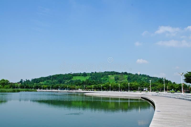 Lago Nanji en el parque de Pyeonghwa foto de archivo libre de regalías