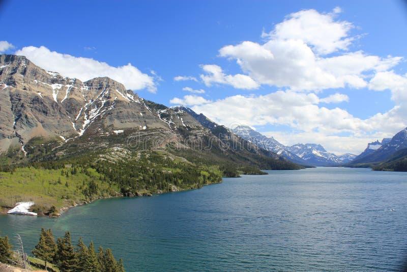Lago nel parco nazionale Alberta di Waterton immagine stock libera da diritti