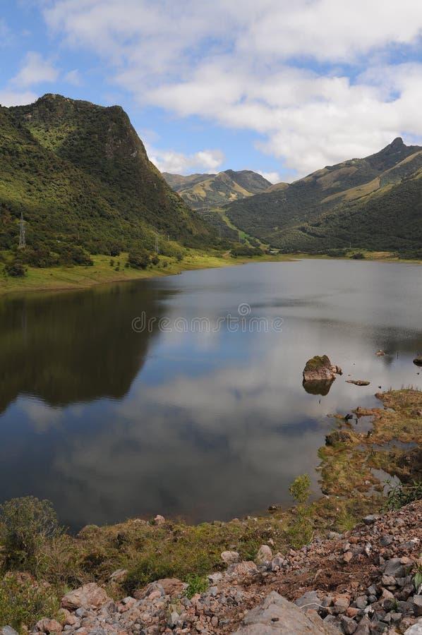 Lago nelle Ande, Ecuador fotografia stock