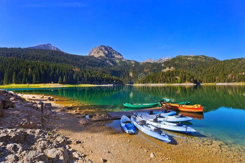 Lago nero (Crno Jezero) Durmitor - nel Montenegro immagini stock