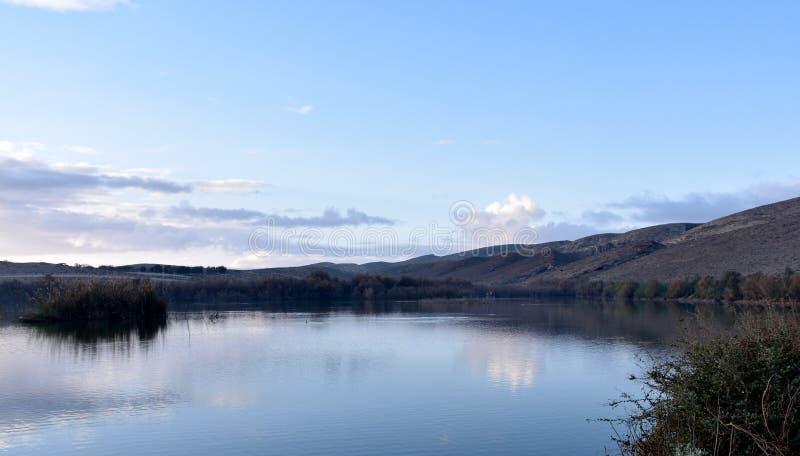 Lago no deserto fotografia de stock