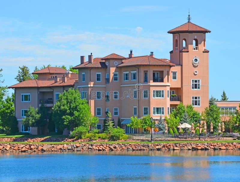 Lago no hotel de Broadmoor, Colorado Springs, Colorado fotos de stock royalty free