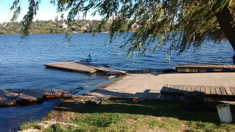 Lago no outono foto de stock royalty free