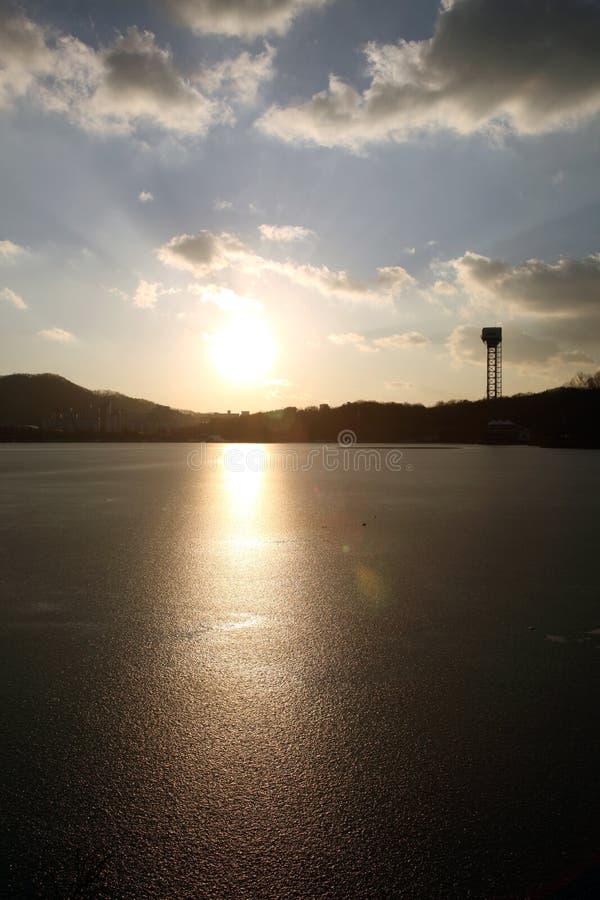 Lago no parque de Coreia imagem de stock