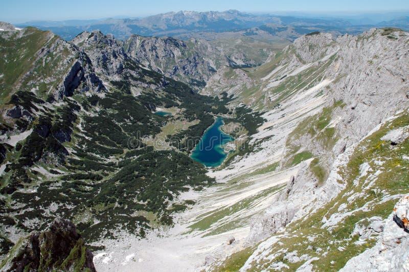 Lago no parque nacional de Durmitor, Montenegro. foto de stock royalty free