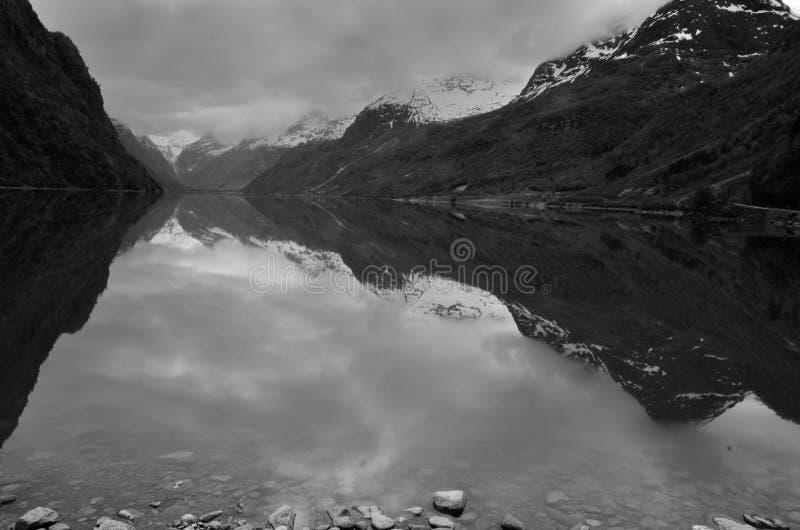 Lago norueguês fotografia de stock