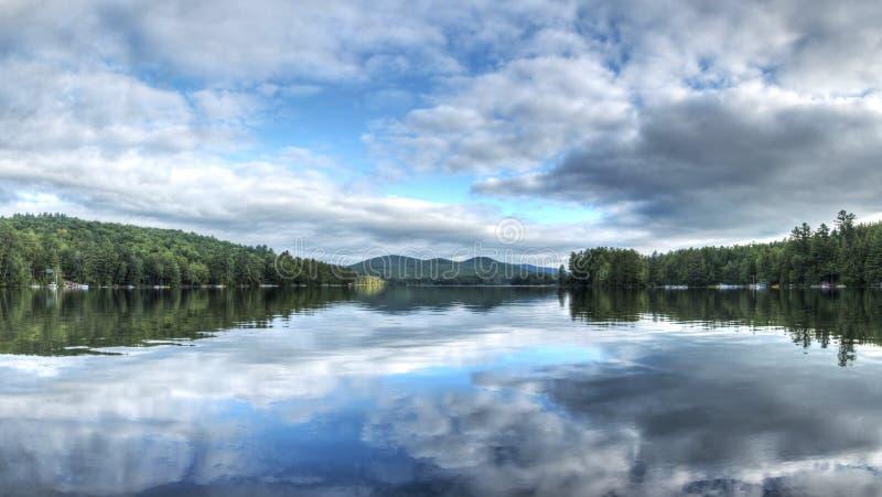 Lago NY loon fotografía de archivo libre de regalías