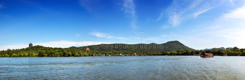 Lago ocidental em Hangzhou, China fotografia de stock