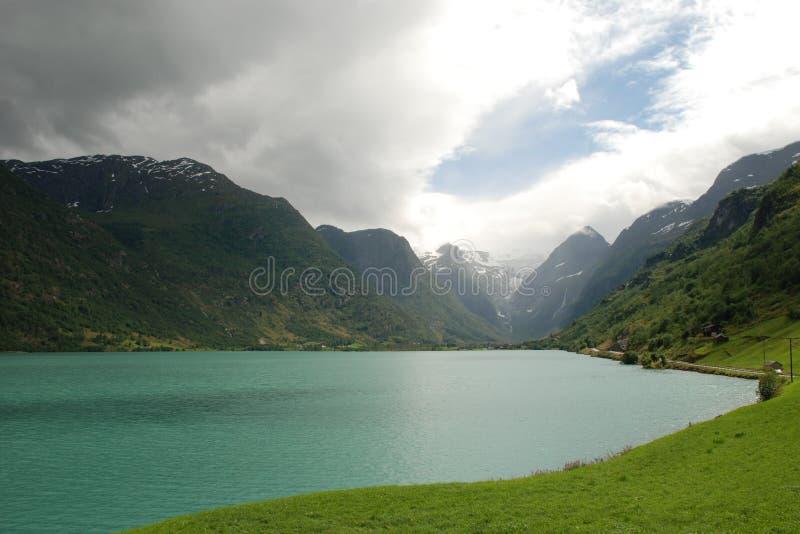 Lago Oldevatnet, Noruega foto de stock royalty free