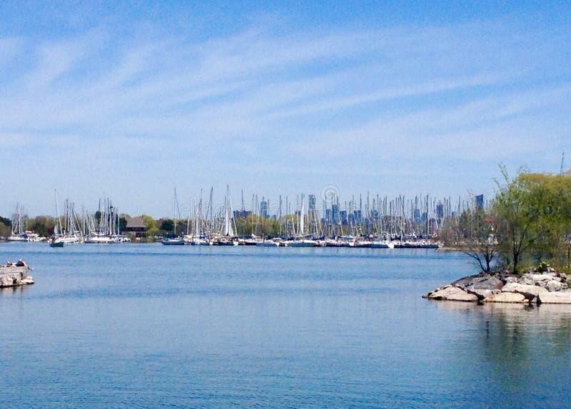 Lago ontario in primavera immagini stock libere da diritti