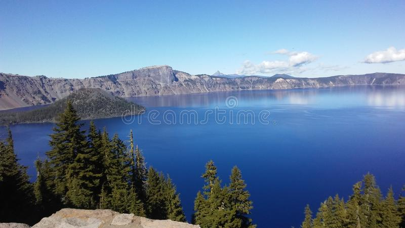 Lago Oregon crater imagem de stock
