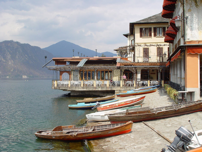 Lago Orta foto de stock