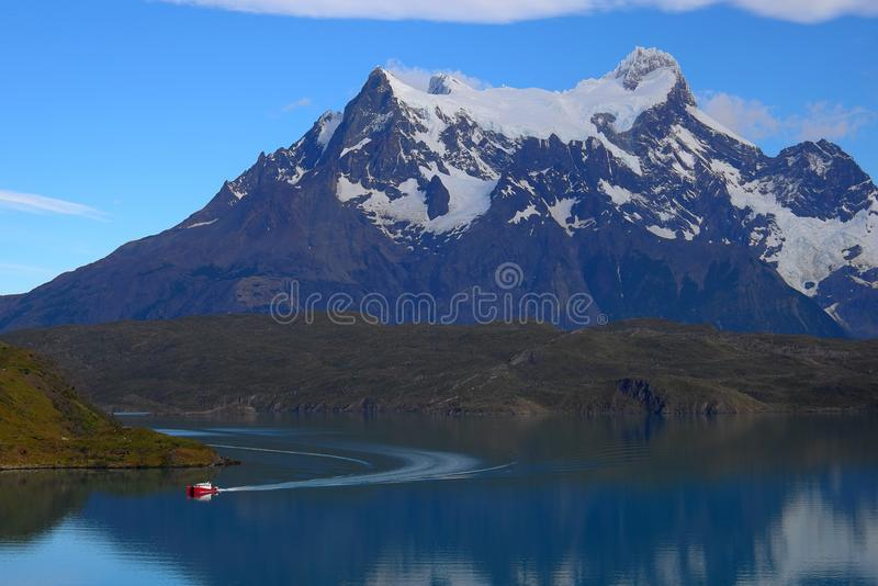 Lago Pahoe, Torres del Paine fotografia stock libera da diritti