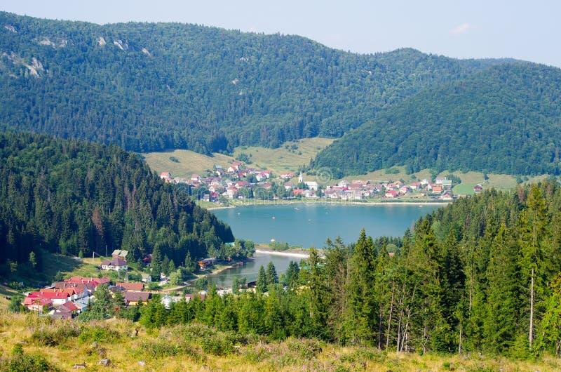 Lago Palcmanska Masa en paraíso eslovaco imágenes de archivo libres de regalías