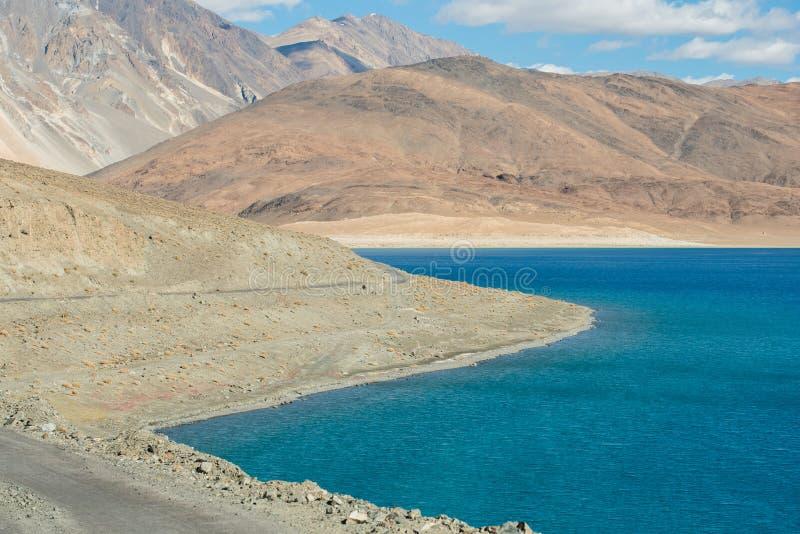 Lago Pangong en Leh Lardakh, la India foto de archivo libre de regalías