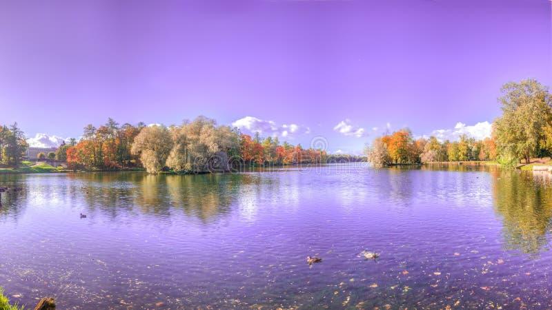 Lago panorama immagini stock
