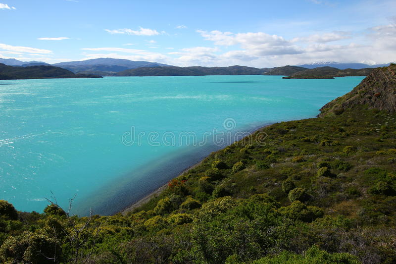 Lago Pehoe em Torres del Paine imagem de stock royalty free