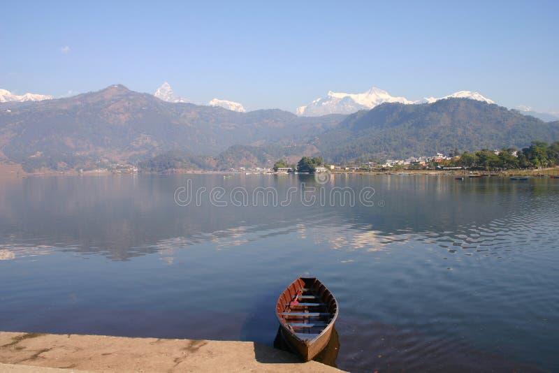 Lago Phewa fotografia stock libera da diritti