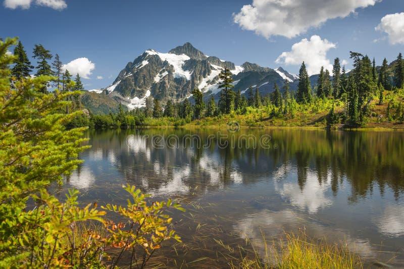 Lago picture, Mt Floresta nacional do padeiro-Snoqualmie imagem de stock royalty free