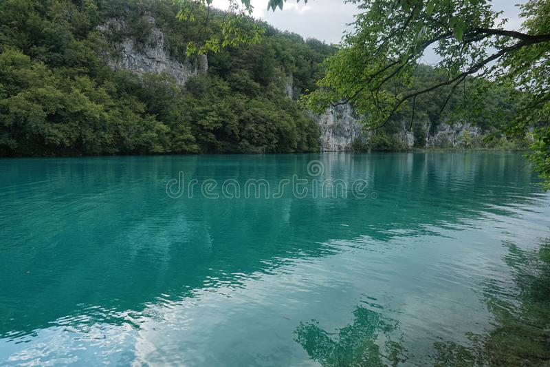 Lago Plitvice mountain en Croacia fotografía de archivo