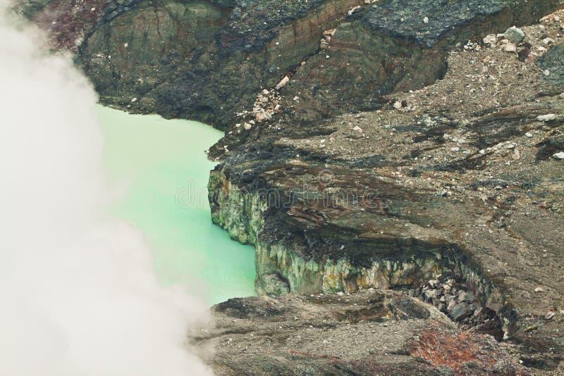 Lago Poas - Costa Rica del cráter de Vulcano fotografía de archivo