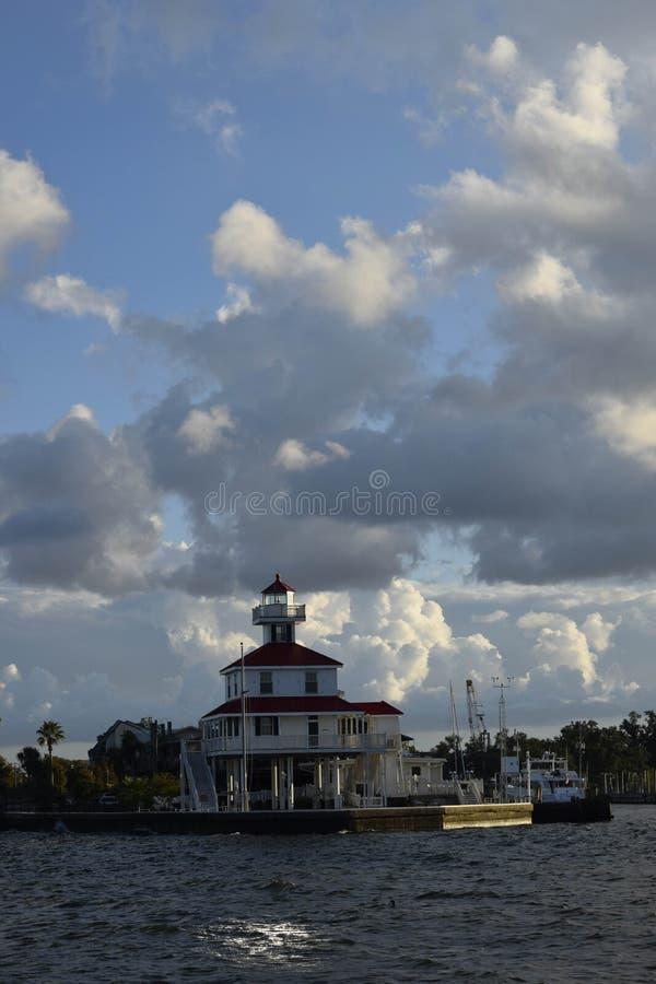 Lago Pontchartrain lighthouse perto de Nova Orleães, Louisiana fotos de stock royalty free