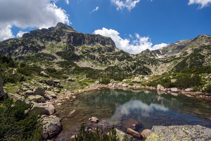 Lago Popovo, montaña de Pirin foto de archivo