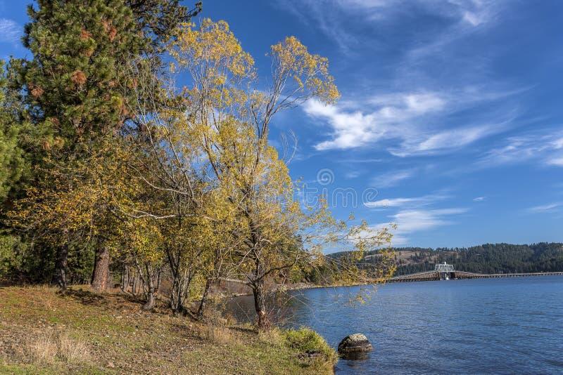 Lago por el parque de estado de Heyburn fotografía de archivo