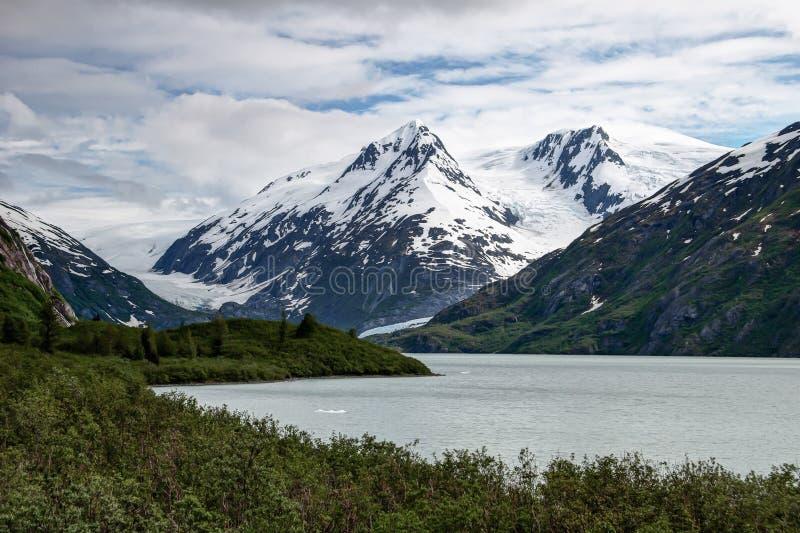 Lago Portage, glaciares imagen de archivo libre de regalías