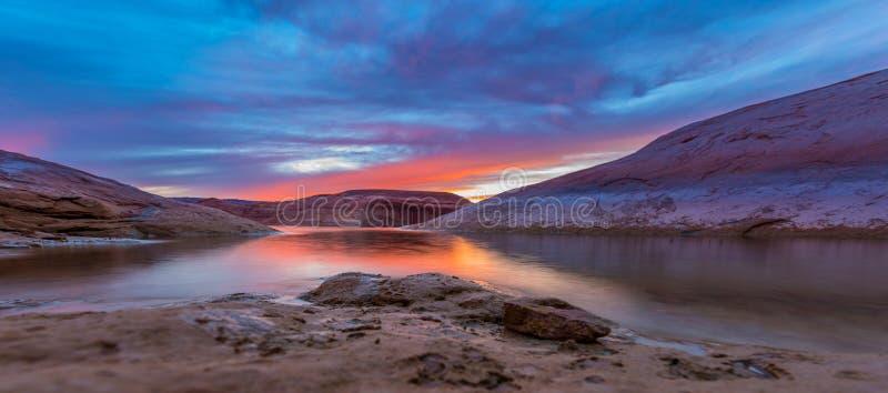 Lago Powell después de la puesta del sol fotografía de archivo libre de regalías