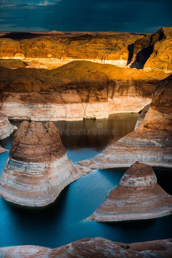 Lago Powell Utah canyon de la reflexión imágenes de archivo libres de regalías