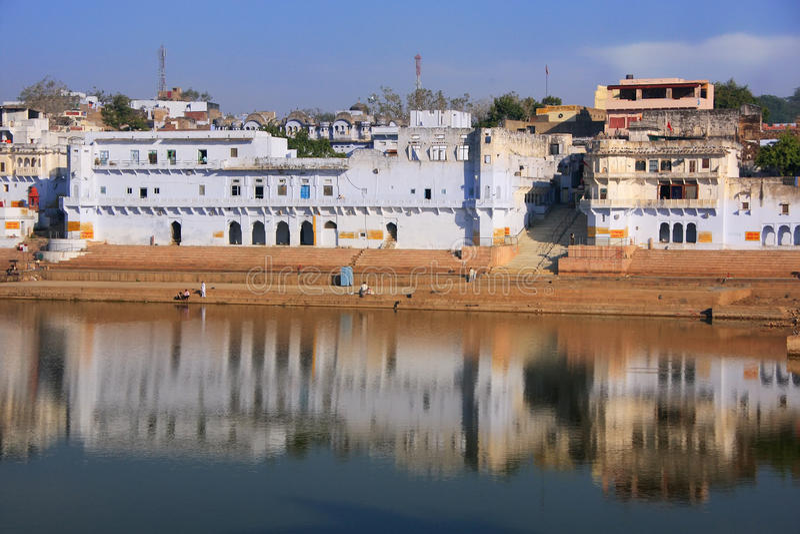Lago Pushkar e templos, Índia foto de stock royalty free