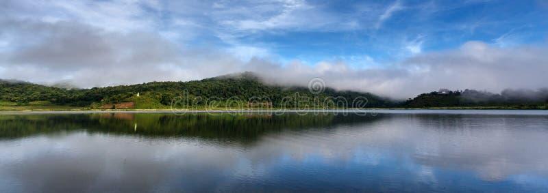 Lago Rhi, Myanmar (Burma) foto de stock