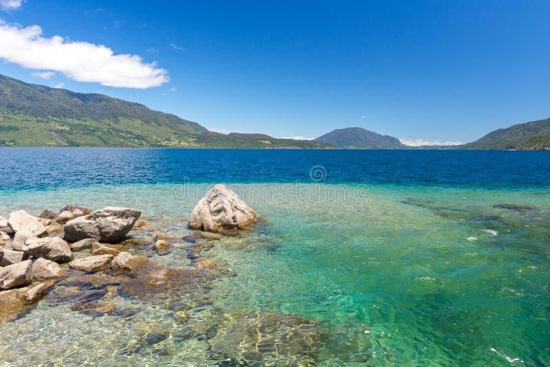 Lago Rinihue, provincia de Valdivia, Chile imagen de archivo libre de regalías