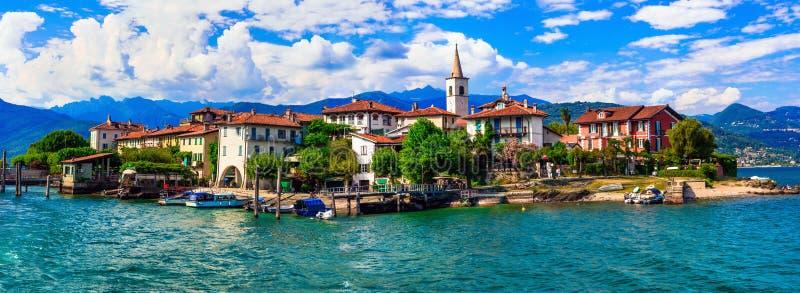Lago romântico bonito Maggiore, dei Pescatori do isola fotos de stock