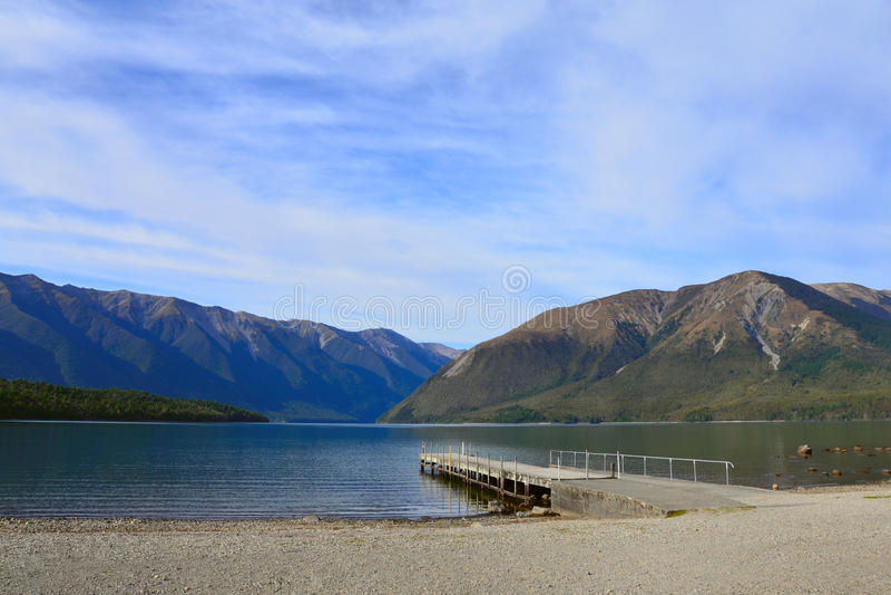 Lago Rotoiti, Nelson Lakes National Park, Tasman, Nova Zelândia fotografia de stock