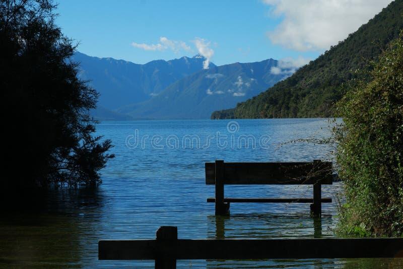 Lago Rotoroa fotografie stock libere da diritti