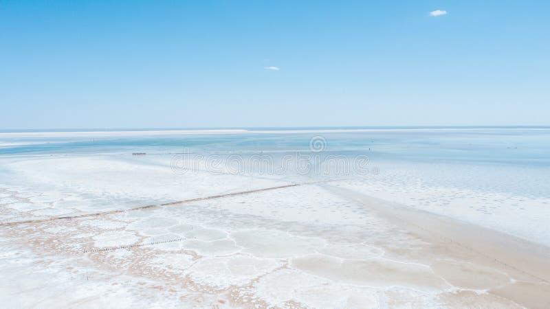 Lago salt Baskunchak regi?o de Astrac? Paisagem do russo foto de stock