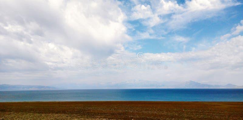 Lago Sayram fotografie stock libere da diritti