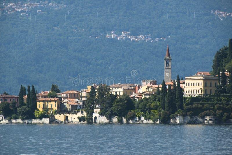 Lago scenico Como Varenna fotografia stock libera da diritti