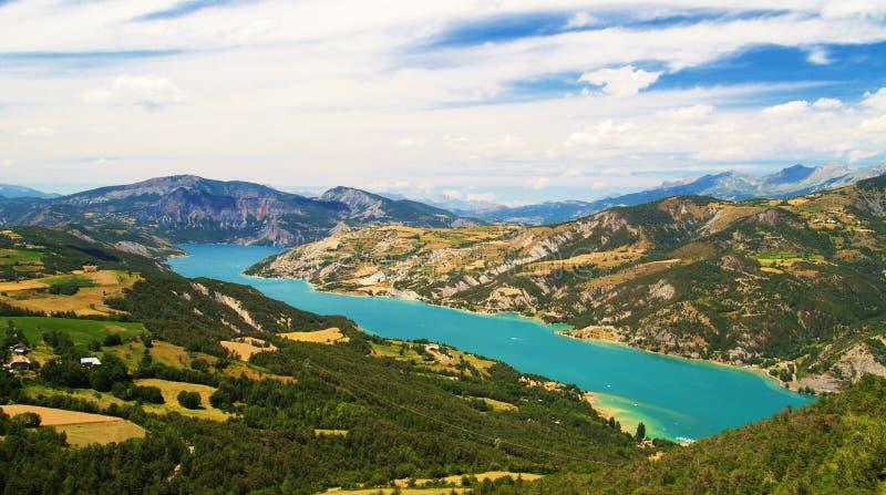 Lago Serre-Poncon immagine stock
