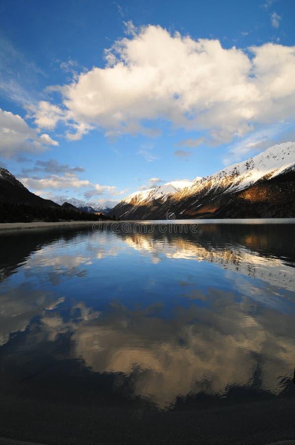 Lago silencioso fotografia de stock royalty free