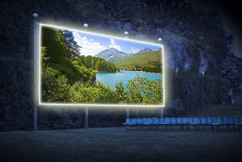 Lago Sils no vale superior de Engadine em um dia de verão Europa - Suíça - imagem exterior do conceito do cinema imagem de stock royalty free