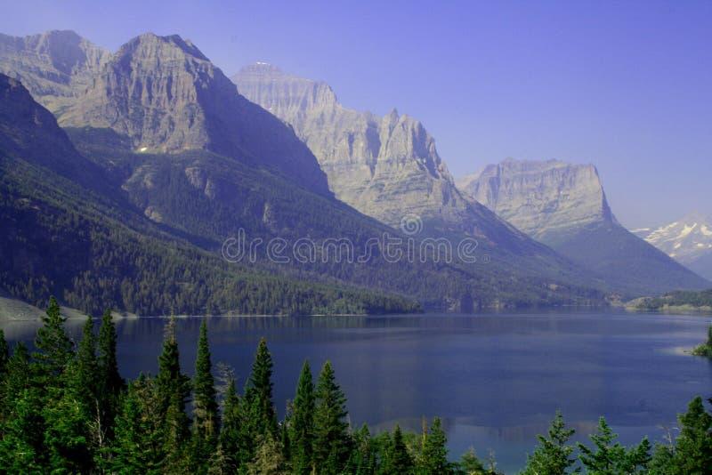 Lago St. Mary fotos de stock royalty free
