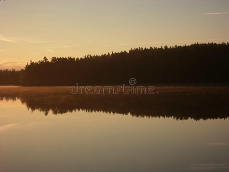 Lago Stora Trehörnigen, parque nacional de Tiveden fotografia de stock royalty free